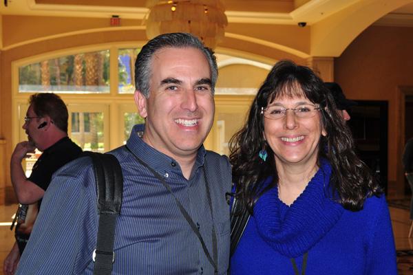 Mike Stelzner with Nina Amir NMX photo by Linda Sherman