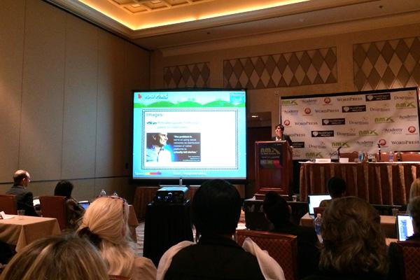 NMX Cynthia Sanchez Oh So Pinteresting presenting photo by Linda Sherman
